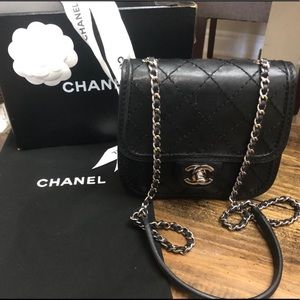 💋CHANEL Mini Crossbody💋